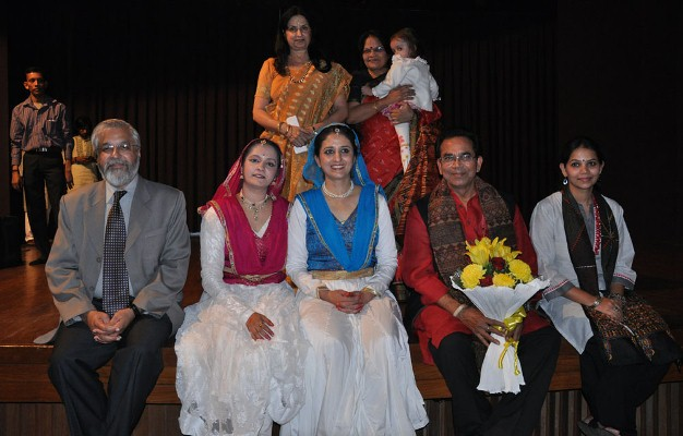 Mrs.Guru Nalini with our Honoured Guests and Performers
