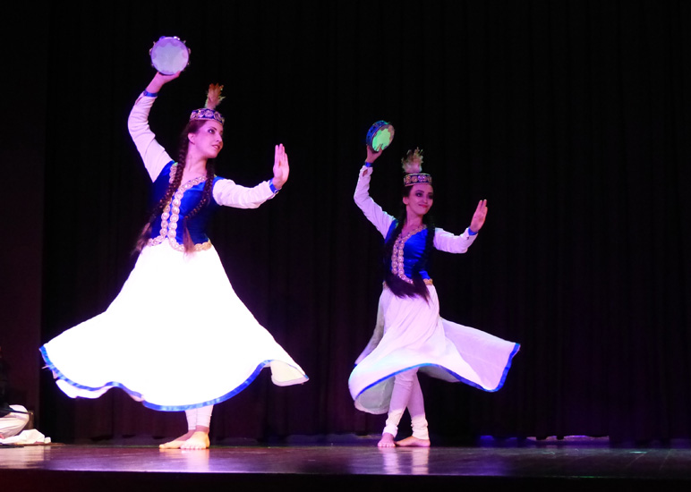 Dancers of kazakhstan