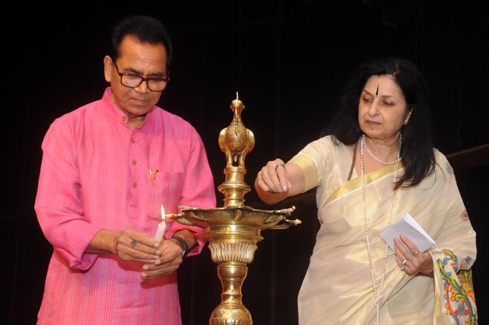 Dr.Ashok Chakradhar with Founder Director Mrs NaliniMalhotra Jain