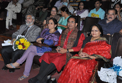 Mr.and Mrs. Lokur-alongwith-Mr.-and-Mrs-Chakradhar