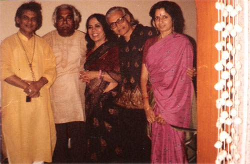 Guru Ravi Jain and Nalini Malhotra Jain with Legendary Kathak dancer Sitara Devi and Sitar Maestro Pt Debu Choudhary